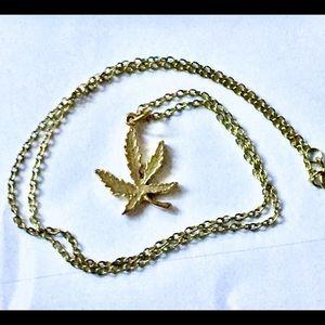 Pot leaf gold necklace vintage
